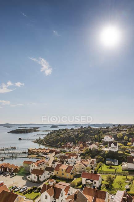 Luftaufnahme des Dorfes in der schwedischen Westküste — Stockfoto