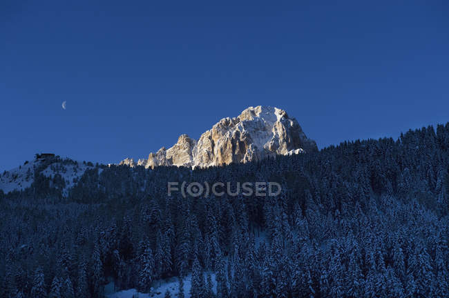 Scenic view of Sella Ronda ski route at dusk — Stock Photo