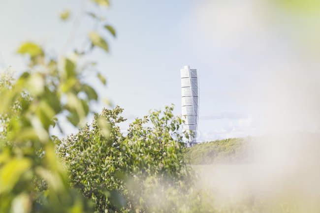 Переходя Торс в Мальме, Швеция, фокус на фоне — стоковое фото