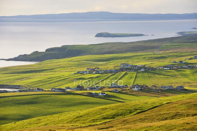 Luftaufnahme von ländlichen Häusern in Shetland, Schottland — Stockfoto