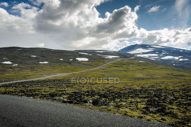 Scenic view of hillside landscape in Norway — Stock Photo