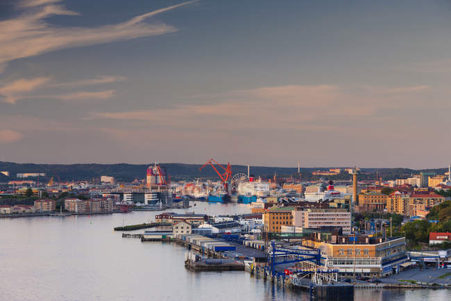 Elevated view of dock area at dusk — Stock Photo