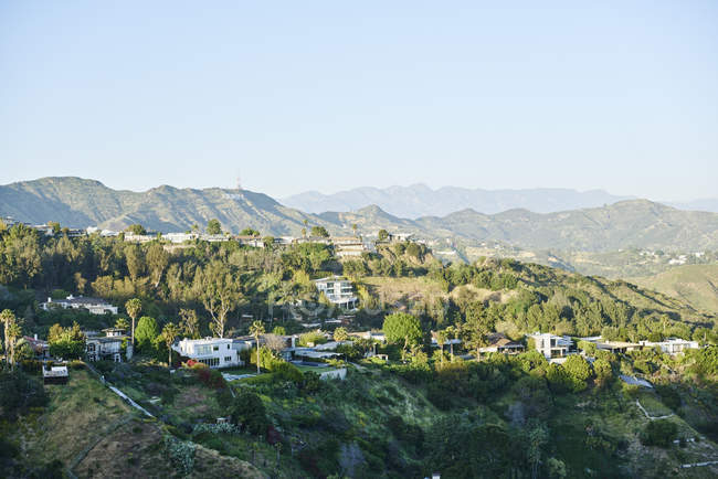 Scenic view of houses in hills in Hollywood, USA — Stock Photo