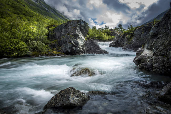 Scenic view of river in Stryn, Norway — Stock Photo