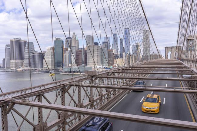 Vista panorâmica da Ponte do Brooklyn em Nova York — Fotografia de Stock