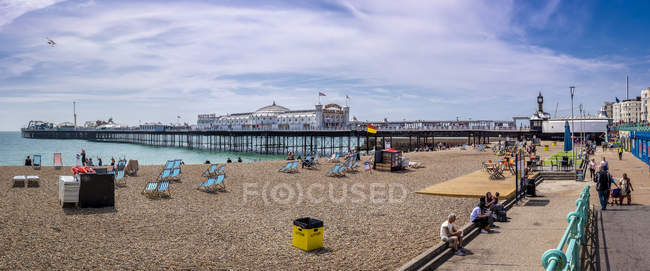 Scenic view of beach in Brighton, England — Stock Photo