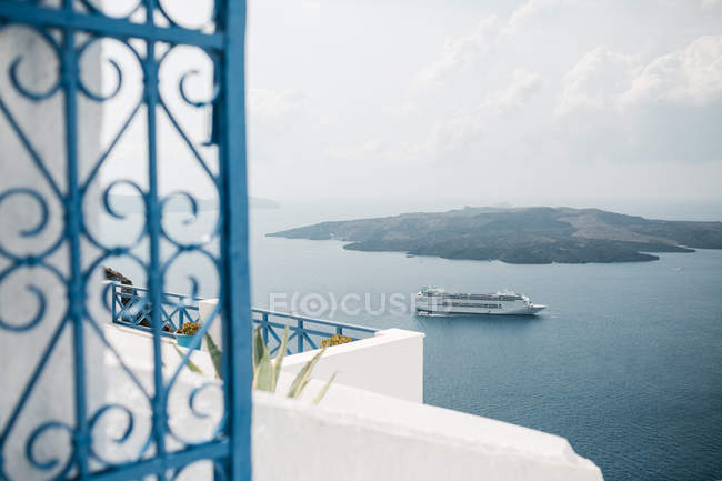 Scenic view from hotel in majestic Santorini, South Aegean, Thira, Santorini, Greece — Stock Photo