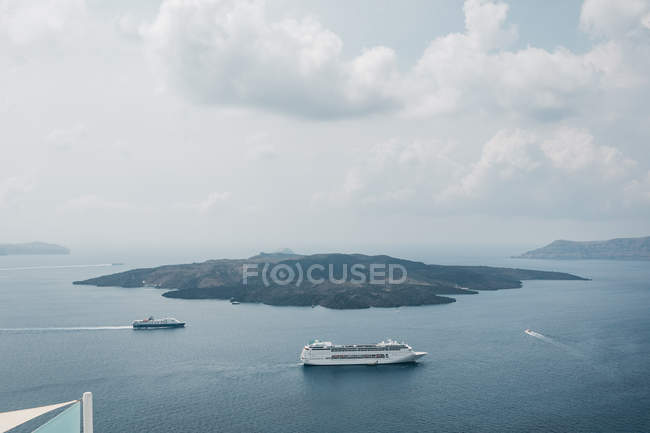 Scenic view from hotel on sea in majestic Santorini, South Aegean, Thira, Santorini, Greece — Stock Photo