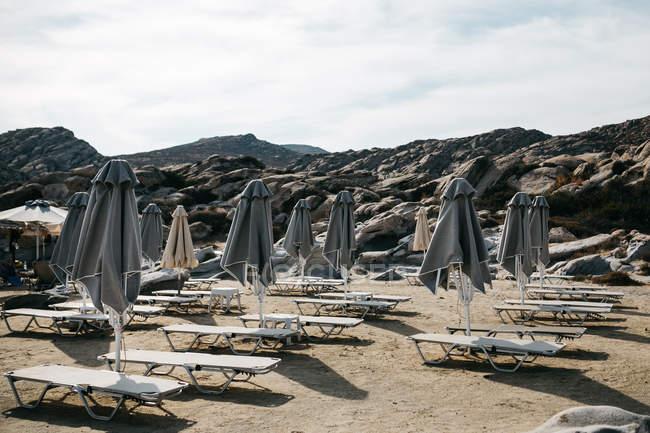 Vue panoramique sur la magnifique plage à Paros, en mer Egée, Cyclades, Grèce — Photo de stock