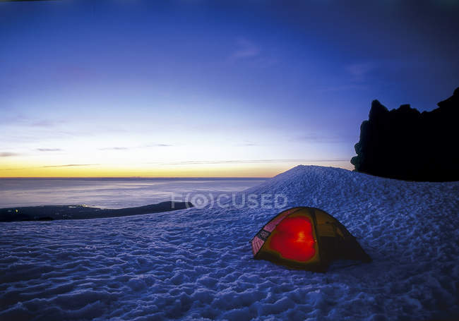 Small tent in the snow, evening mood, Iceland — Stock Photo