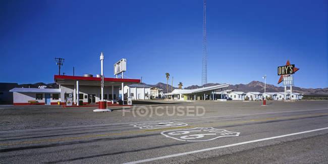 Station d'essence et de motel sur la Route 66, é.-u. — Photo de stock