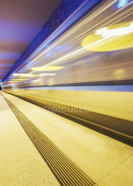 Subway station, moving train, movement, blured motion — Stock Photo
