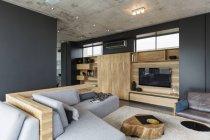 Interiore di lusso della casa moderna, soggiorno — Foto stock