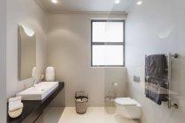 Luxury interior of modern house, bathroom — Stock Photo