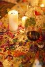Velas na mesa na festa — Fotografia de Stock