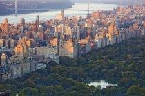 Vista aérea del Central Park, Upper West Side, Nueva York, Nueva York, Estados Unidos - foto de stock