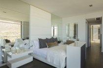 Quarto casa vitrine de luxo — Fotografia de Stock