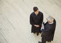 Judges talking in courthouse — Stock Photo