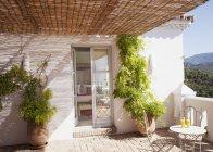Sunny balcony at villa during daytime — Stock Photo