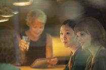 Businesswomen talking in office meeting — Stock Photo