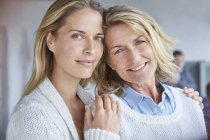 Portrait smiling mother and daughter — Stock Photo