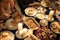Карибского бассейна питание на стол Рождественский ужин — стоковое фото