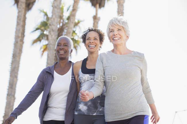 Senior women walking outdoors — Stock Photo