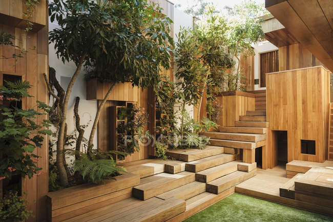 Wooden steps in courtyard — Stock Photo