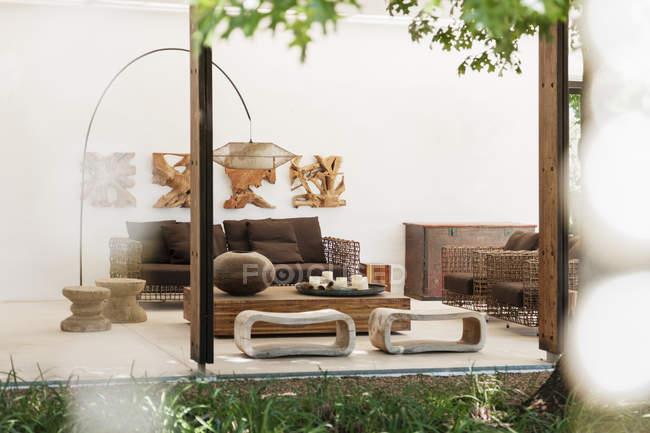 Modern living room  during daytime — Stock Photo