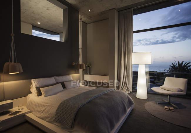 Luxury interior of modern house, bedroom — Stock Photo