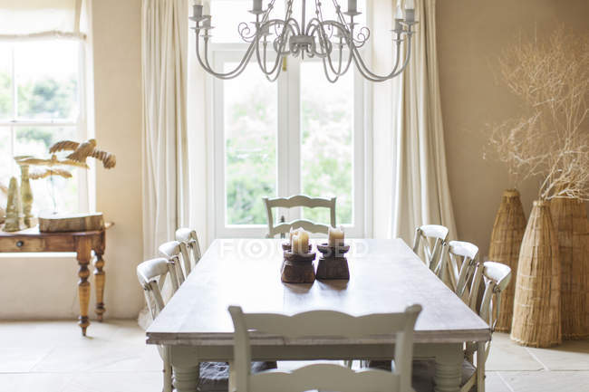 Dining table in rustic house — Stock Photo