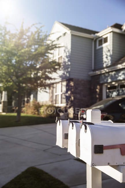 Mailboxes outside house during daytime — Stock Photo
