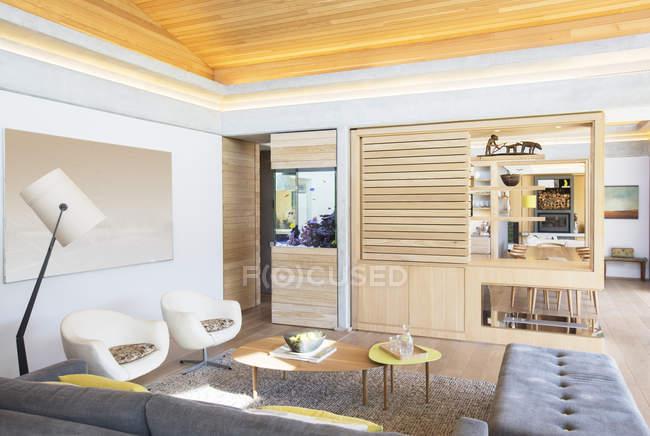Home vetrina a soggiorno — Foto stock