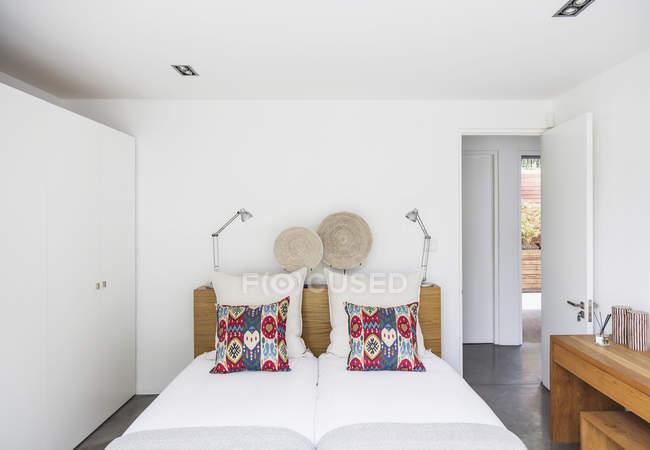 Главная витрина спальня отеля — стоковое фото