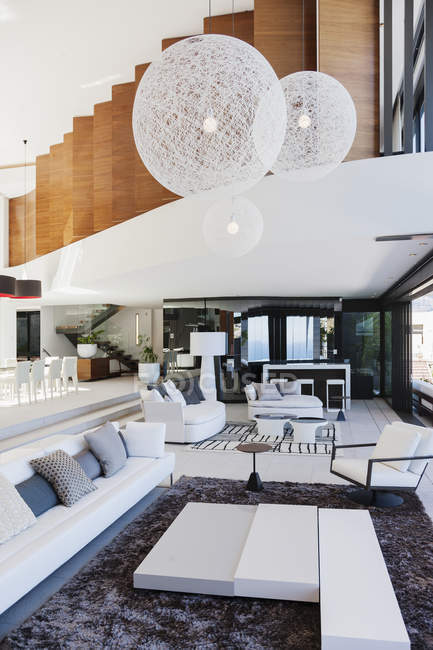 Living room in modern house indoors during daytime — Stock Photo