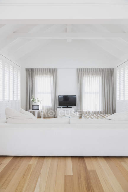 Lounge room at luxury modern house — Stock Photo