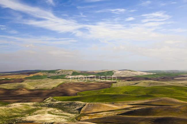 Vista aérea da paisagem de rolamento — Fotografia de Stock