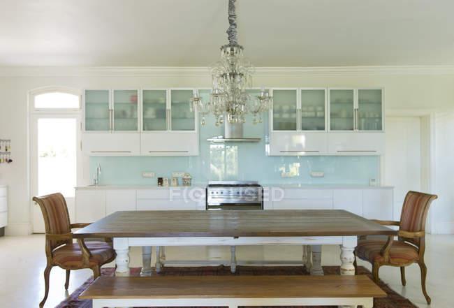 — de en cocina diseñoFotografía madera sobre Lámpara mesa LzGSUVMpq