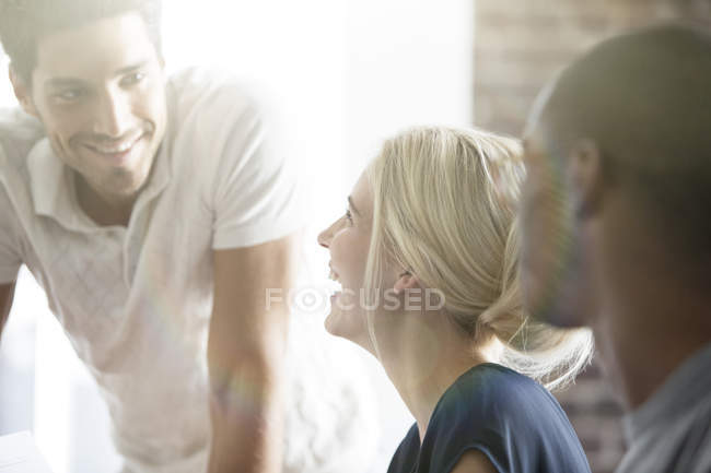 Business people talking in cafe — Stock Photo