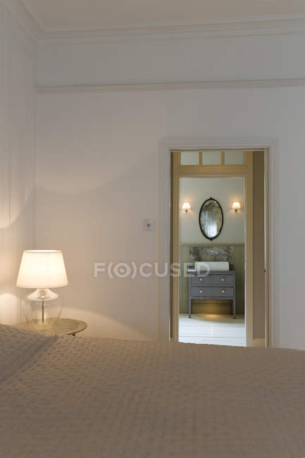 Doorway in modern bedroom — Stock Photo