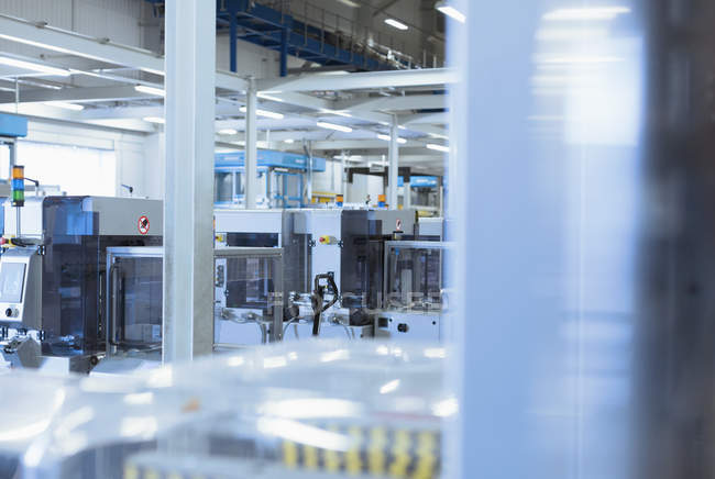 Інтер'єр техніки в заводу в приміщенні — стокове фото