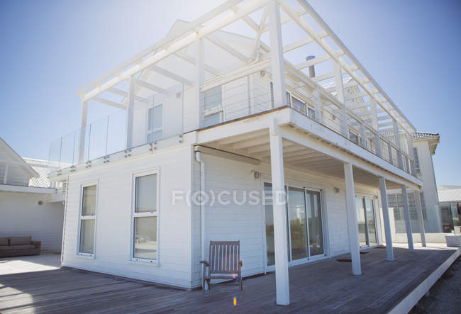 Deck and balcony on white beach house — Stock Photo
