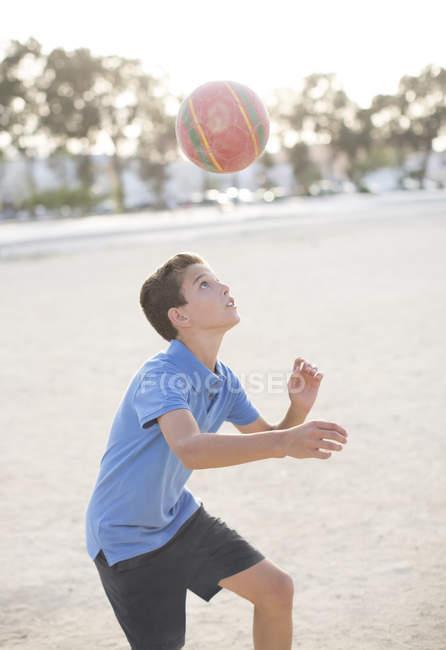 Junge Rubrik Fußball — Stockfoto