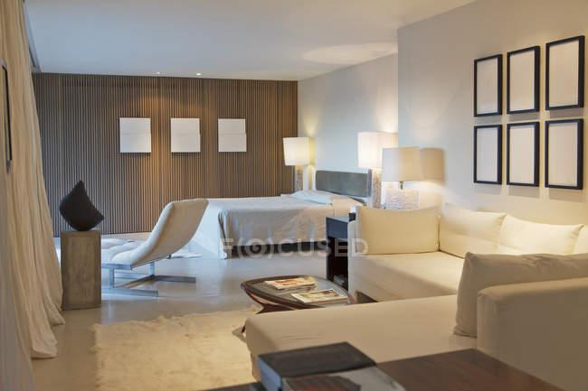 Modern studio apartment  indoors during daytime — Stock Photo