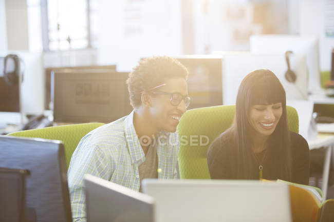 Happy business people in modern office — Stock Photo