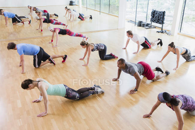 High angle view of exercise class — Stockfoto