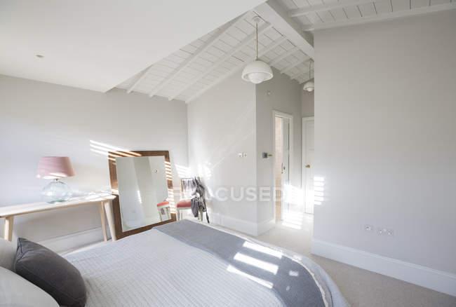 Luxus-Haus Vitrine Schlafzimmer — Stockfoto