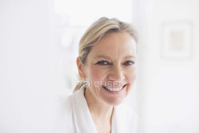 Portrait smiling, confident mature woman — Stock Photo
