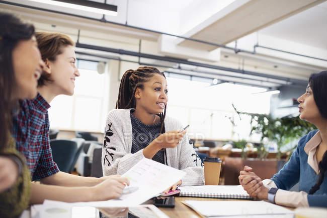 Businesswomen talking in meeting — Stock Photo