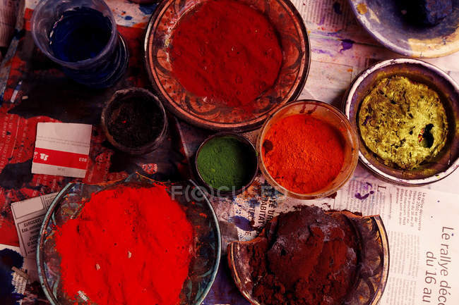 Top view of different colorful ingredients for dyes and paints — Stock Photo